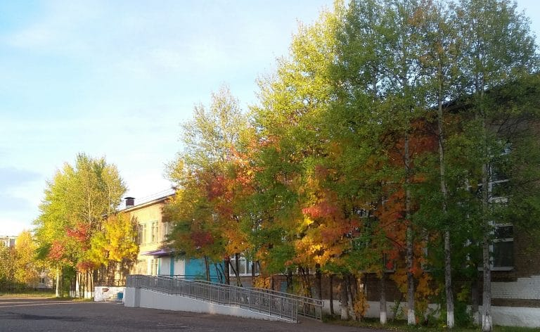 Школа №83, г. Печора. Фото: history.uo-mr-pechora.com.ru