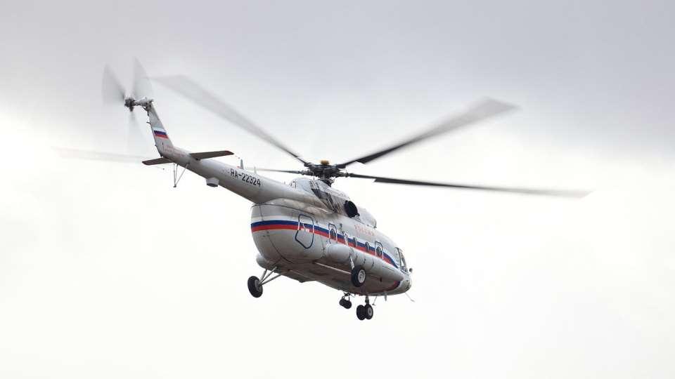 Вертолёт в воздухе